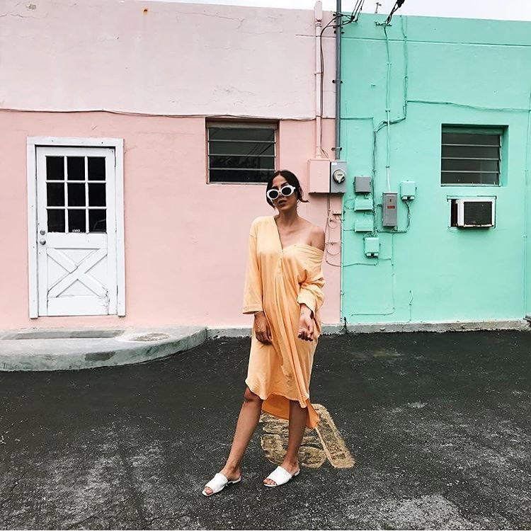 How To Wear Pastel Orange Shirtdress During Vacation This Summer 2020