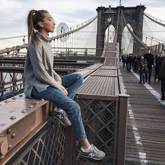 Spring Outfit For City Dwellers: Knitwear, Jeans And Kicks 2020
