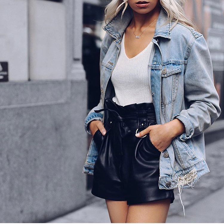 9d78c68950f7 How To Wear Black Leather Gathered Shorts This Summer 2019 ...