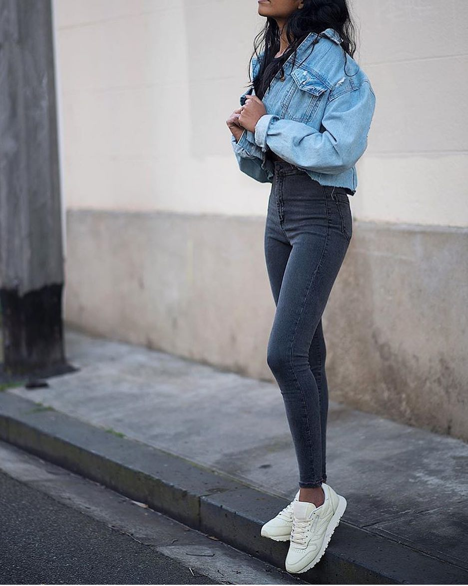 How To Wear Double Denim With White Sneakers This Spring 2019