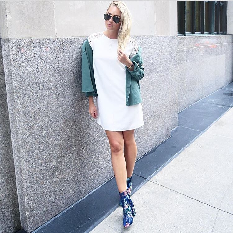 How To Wear White Shift Dress During Spring 2019