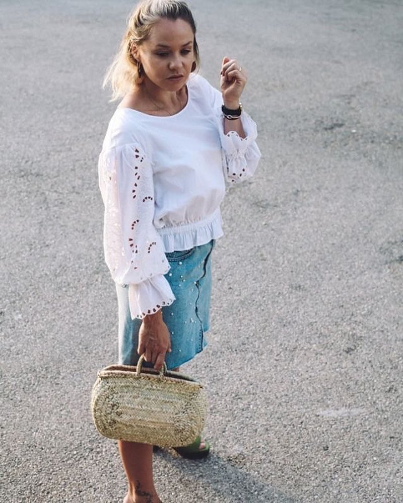 How To Wear White Peasant Top In Bohemian Style 2019