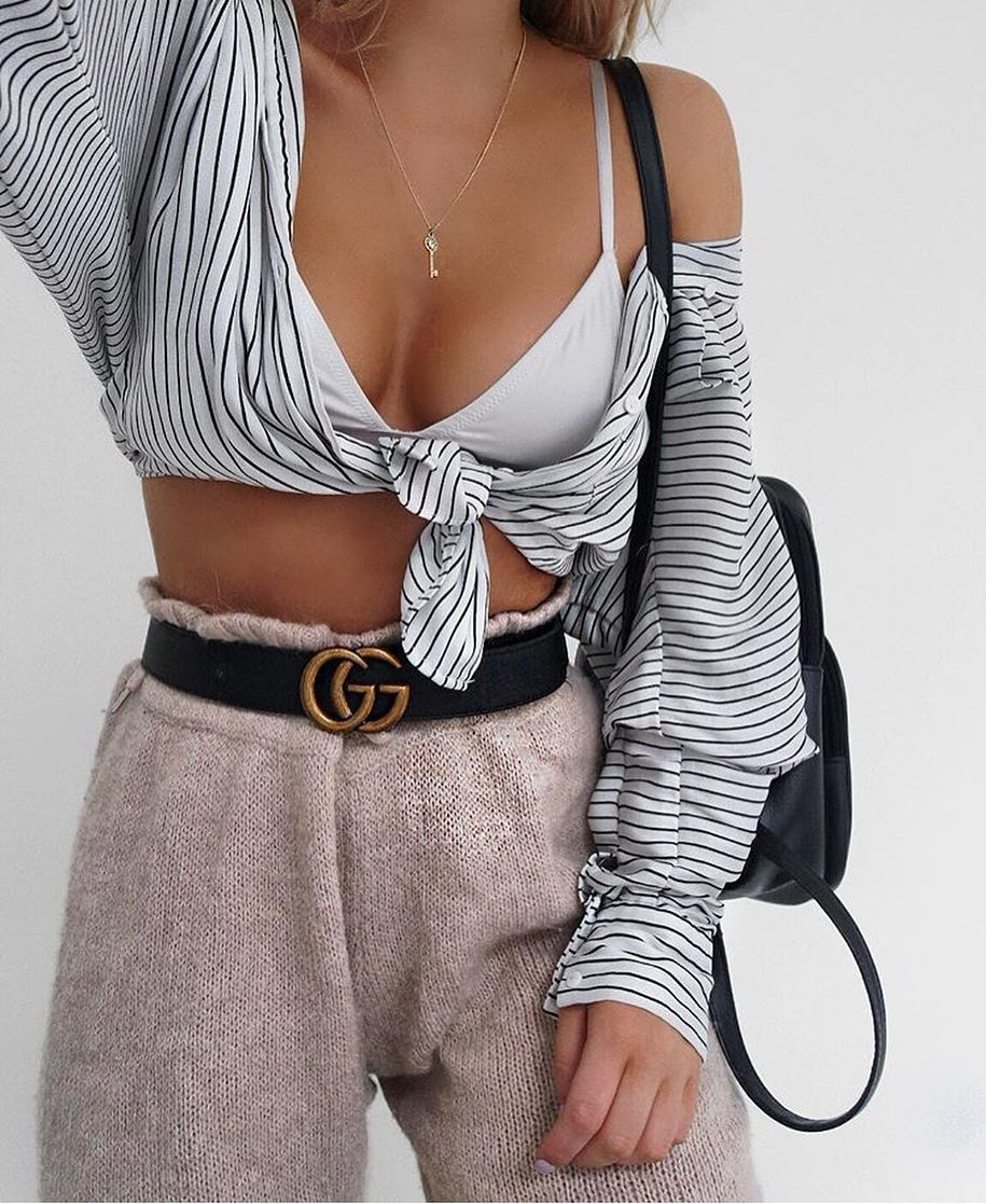 How To Wear Striped White Crop Blouse With White Bra And Wool Pants 2019
