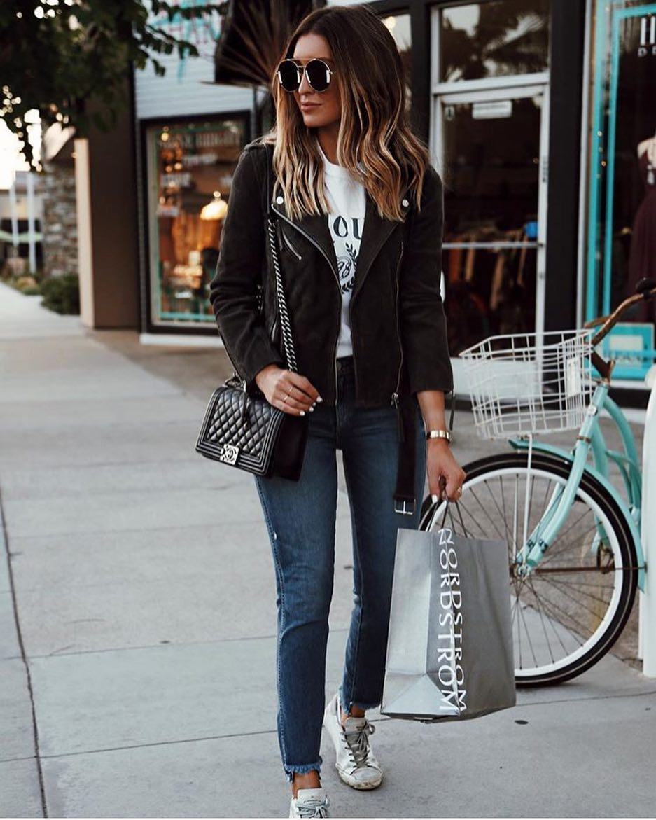 Spring Casual Basics: Biker Jacket, Slim Jeans And Sneakers 2019