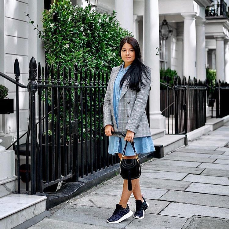 How To Wear Plaid Blazer With Chambray Dress 2021
