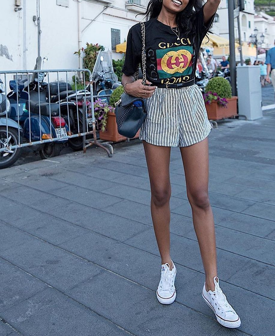 Summer Outfit Ideas For Casual Walks: Black T-Shirt And Pinstripe Shorts 2021