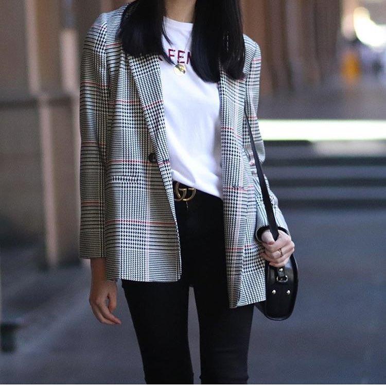 Plaid Blazer Over White T-Shirt Tucked In Black Skinny Jeans 2021