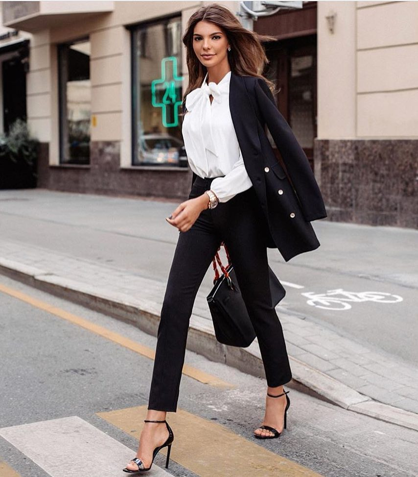 How To Wear Black Pantsuit With White Blouse For Work This Fall 2020