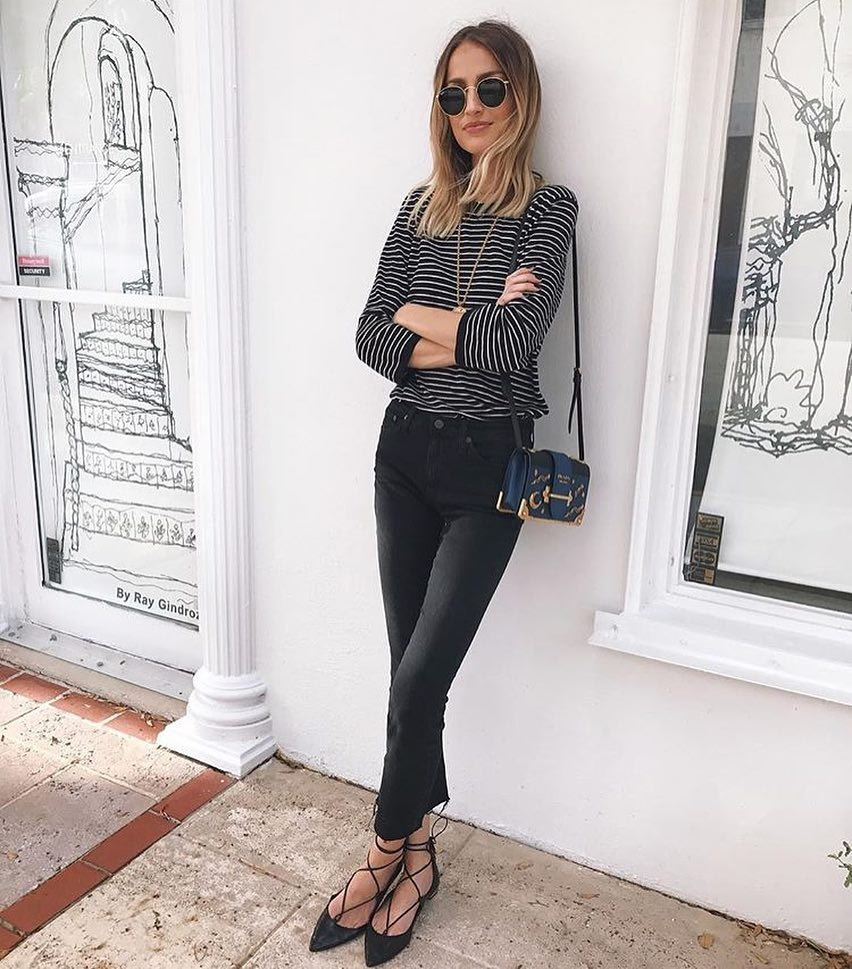 Spring Must Haves: Striped Top And Skinny Jeans In Black 2021