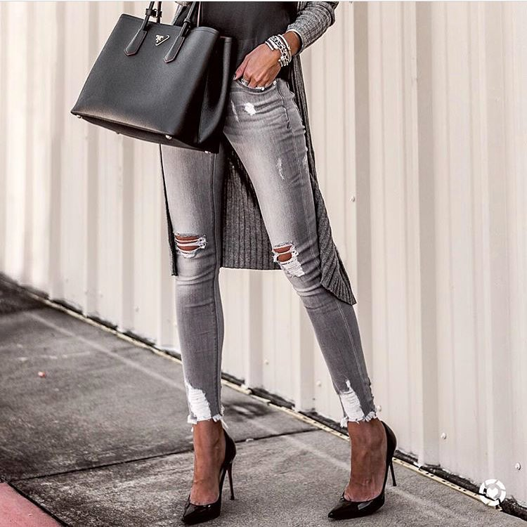 Monochrome Outfit For Autumn Casual Street Walks 2020