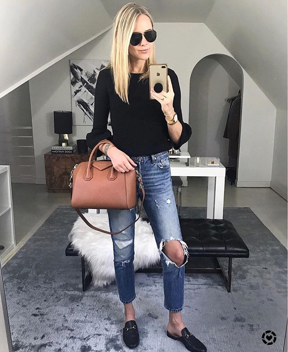 How To Style Knee Ripped Jeans And Backless Leather Loafers For Fall 2020
