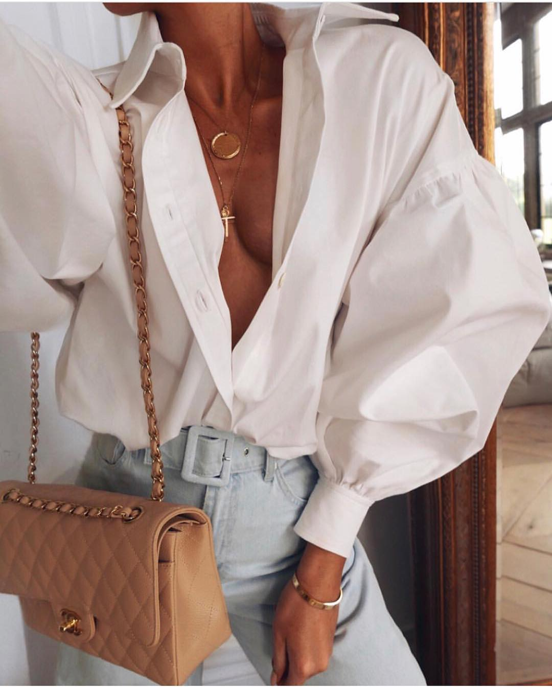 How To Wear White Oversized Shirt With Denim This Summer 2020